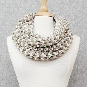 Chunky Knit Two-tone Scarf {NWT}